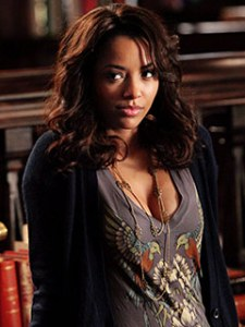 Vampire Diaries News - Bonnie Tapping Into Dark Magic